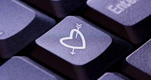 frustrada com o relacionamento online
