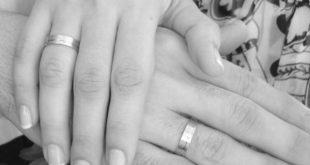 Casal com Alianças de Compromisso