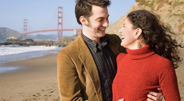 Casal Feliz na Ponte