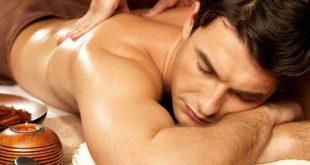 Massagem em homem