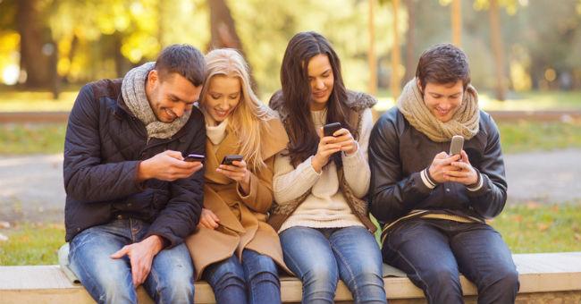 Amigos no celular