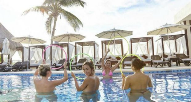 Resort nudista